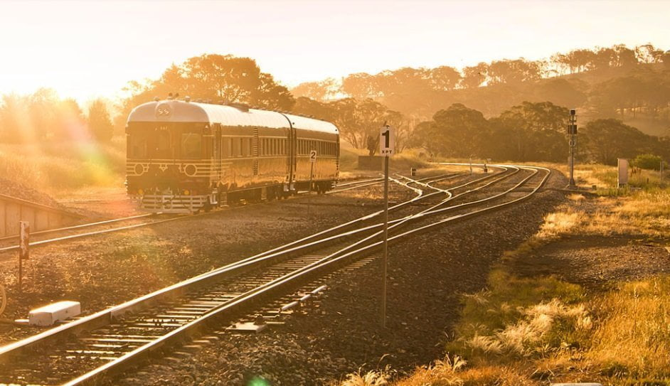 how to get to byron bay by train